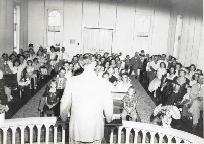 Rev Krummow at Raymond UMC-2