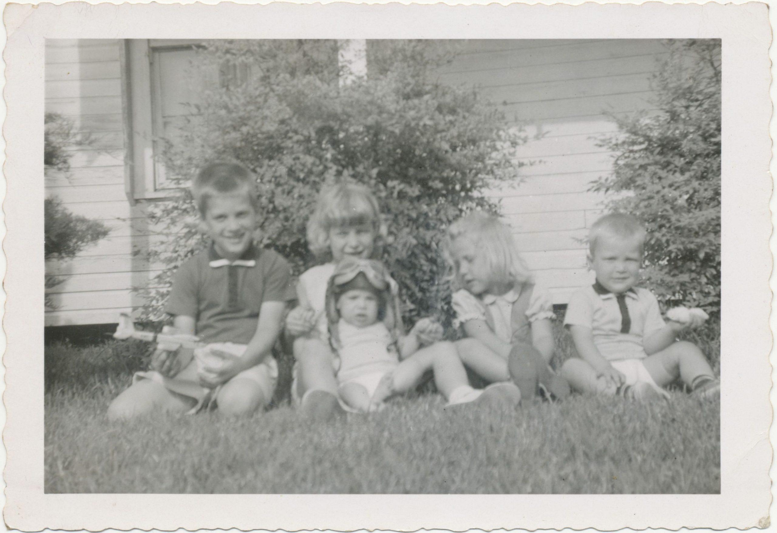 Landry family visiting Grandma and Grandpa Bucklin
